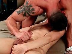 Muscled Hunk And Skinny Boy Please Each Other 2